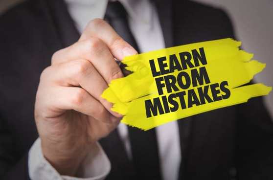 Success vs failure: learn from mistakes